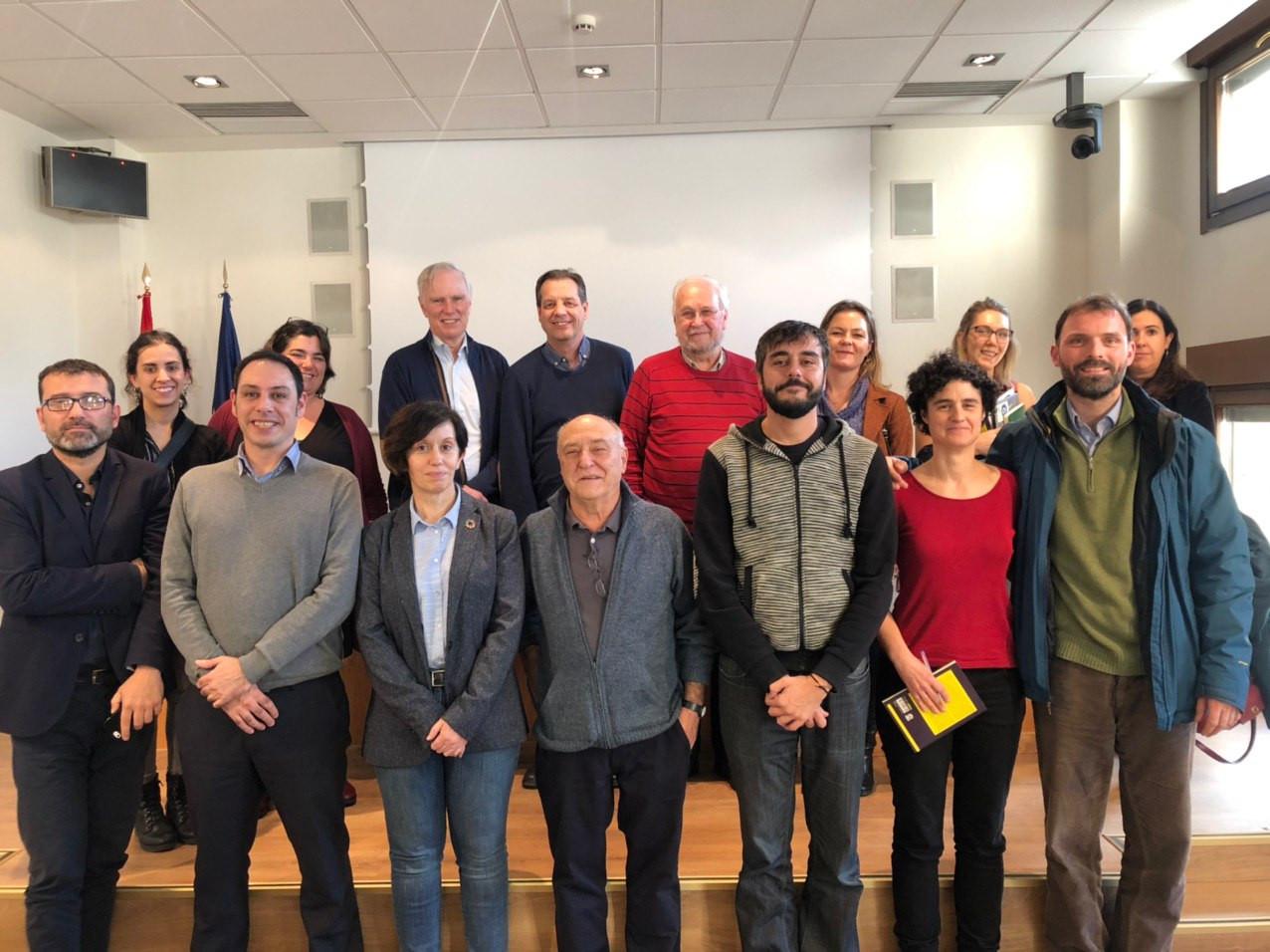 reunion-relator-pobreza-grupo